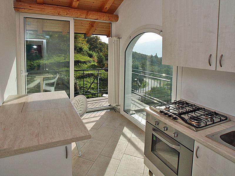 einrichtung casa celeste ferienwohnungen comer see urlaub lago di como. Black Bedroom Furniture Sets. Home Design Ideas